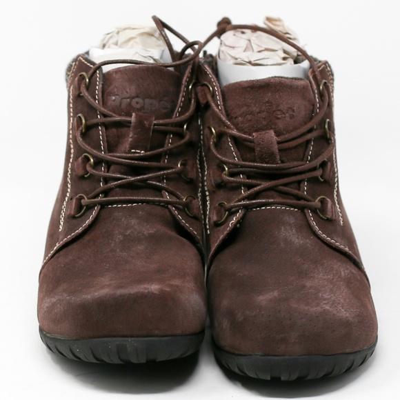 a695e4cf65204 Propet Women's Delaney Ankle Bootie, Brown
